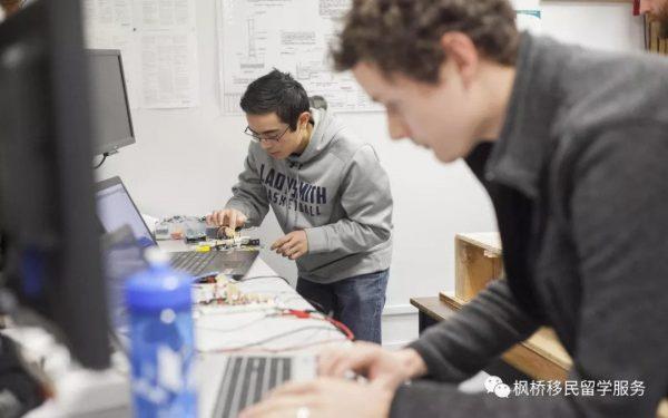 【移民】加拿大BC省高科技技术移民试点项目延期到明年6月